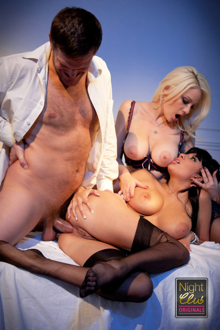 Sex in group 2